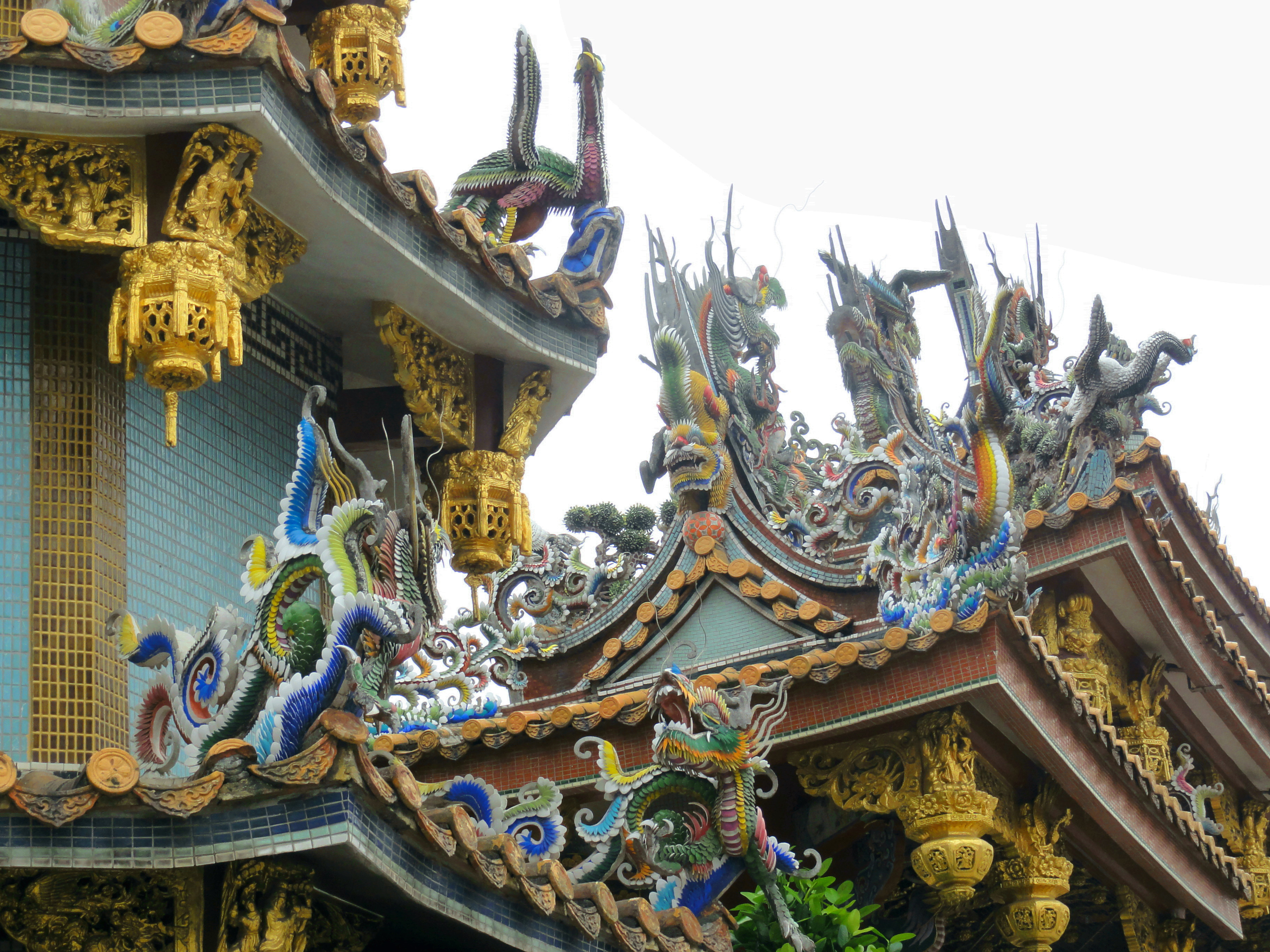 fronton temple